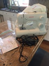 Singer 3321 Sewing Machine - LIKE NEW in Naperville, Illinois