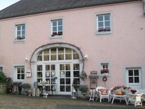 Shabby chic and antique pieces Spangdahlem in Spangdahlem, Germany