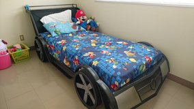 RACE CAR TWIN SIZE BED in Okinawa, Japan