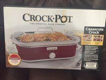 Crock pot casserole crock. in Hinesville, Georgia