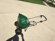 lawn spreader barely used in Elgin, Illinois