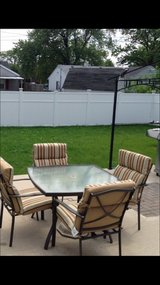 5PC patio Set with new cushions in Naperville, Illinois