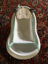 Fischer Price Baby Bath pending in Travis AFB, California