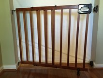 Homesafe by Summer brand Deluxe Wood Baby or Pet Gate in Naperville, Illinois