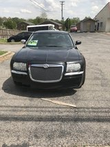 2005 Chrysler 300 in Fort Campbell, Kentucky