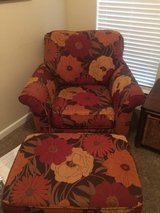 Floral Print Oversized Chair with ottoman in Byron, Georgia