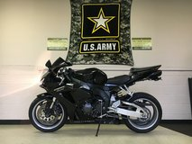 2006 HONDA CBR1000RR 4-Cyl, 999cc Unleaded Gas in Fort Campbell, Kentucky