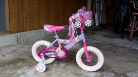 "12"" inch Pink Princess bike with Training wheel (Excellent Condition) in Glendale Heights, Illinois"