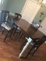 Bar height kitchen table with 6 chairs in Fort Campbell, Kentucky