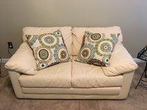 Beautiful Couch with pull out bed in Camp Lejeune, North Carolina