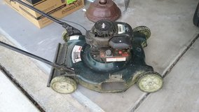 Briggs & Stratton 500 Series Lawn mower in Bartlett, Illinois