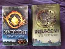 Teen Category - Veronica Roth, Books One and Two of the Diverent Series in Grafenwoehr, GE