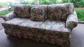 Beige floral couch in Fort Riley, Kansas