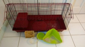 Metal Rabbit/Guinea Pig cage in Bolingbrook, Illinois