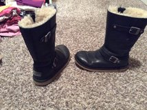 Uggs size 4 in Fort Carson, Colorado
