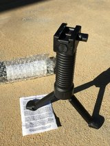 NEW Grip Pod Issued Tactical ForeGrip Bipod GPS-02 Picatinny VFG in Temecula, California