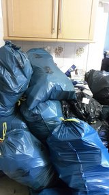 TRASH&JUNK REMOVAL /PCS/PICK UP&DELIVERY /LOCAL MOVING 015214776018 in Ramstein, Germany