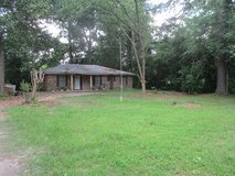 3-2, Half acre, Country Living, Kingwood Schools in Kingwood, Texas