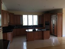 Beautiful Kitchen with Appliances in Great Lakes, Illinois