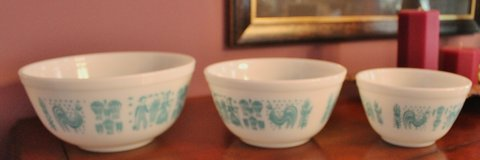Vintage Pyrex Nesting Bowls - Amish Butterprint in Perry, Georgia