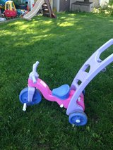 Fisher price rock and roll trike for kids in Elgin, Illinois