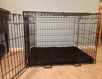 Midwest Life Stage A.C.E. Double Door Black Dog Crate with Divider plus Kong Crate Bed - size Large in Batavia, Illinois