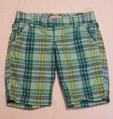 Women Size 6 Old Navy Plaid Shorts in Fort Benning, Georgia