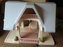 Little tikes doll house in Naperville, Illinois