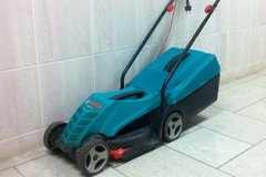 Electric lawn mower in Vicenza, Italy