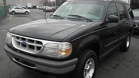1997 Ford Explorer Black V8 SUV For Sale/Trade in Fort Campbell, Kentucky