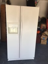 Ge white side by side refrigerator in San Ysidro, California