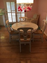 White Crate & Barrel dining table w/4 chairs in Batavia, Illinois
