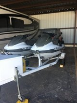 Two 2002 yamaha fx140 jetskis in Fort Bliss, Texas