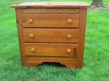 Small Kincaid Dresser in Glendale Heights, Illinois