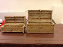 2 piece wicker set  very heavy great cond in Joliet, Illinois