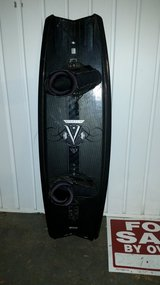 Obrien Vice Wake Board with bindings in Cherry Point, North Carolina