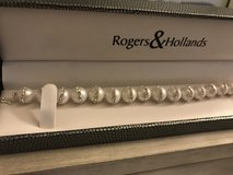 Brand New Pearl bracelet in Glendale Heights, Illinois