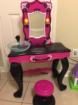 Girls hair and makeup vanity in Cleveland, Texas