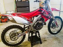 2011 HONDA CRF450 NEED TO SELL ASAP BRAND NEW MAKE OFFER in Camp Pendleton, California