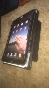 Ipad cover and prop up in one in Summerville, South Carolina