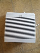 Hunter HEPAtech 3007o Air Purifier in Naperville, Illinois