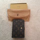 Authentic Louis Vuitton Wallet - Good Condition in Camp Lejeune, North Carolina