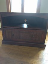 Pier1 TV stand in Oswego, Illinois