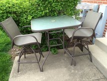 Patio high top table and chairs in Naperville, Illinois