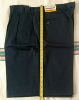 NWT Men's Front Pocket Shorts Navy 40 R Blue in St. Louis, Missouri