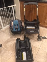 Graco snugride carseat and stroller in San Clemente, California