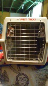 Pet Taxi  carrier/kennel/crate in Naperville, Illinois