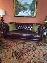 Sofa tufted leather in Naperville, Illinois