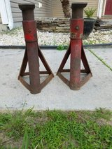 Jack Stands pair in Camp Lejeune, North Carolina