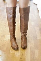 Frye Melissa OTK Boot (Size 10) in Great Lakes, Illinois